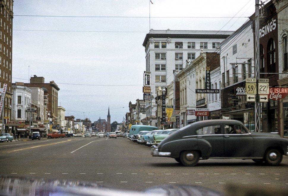 Free image of Downtown street scene, Arkansas, USA