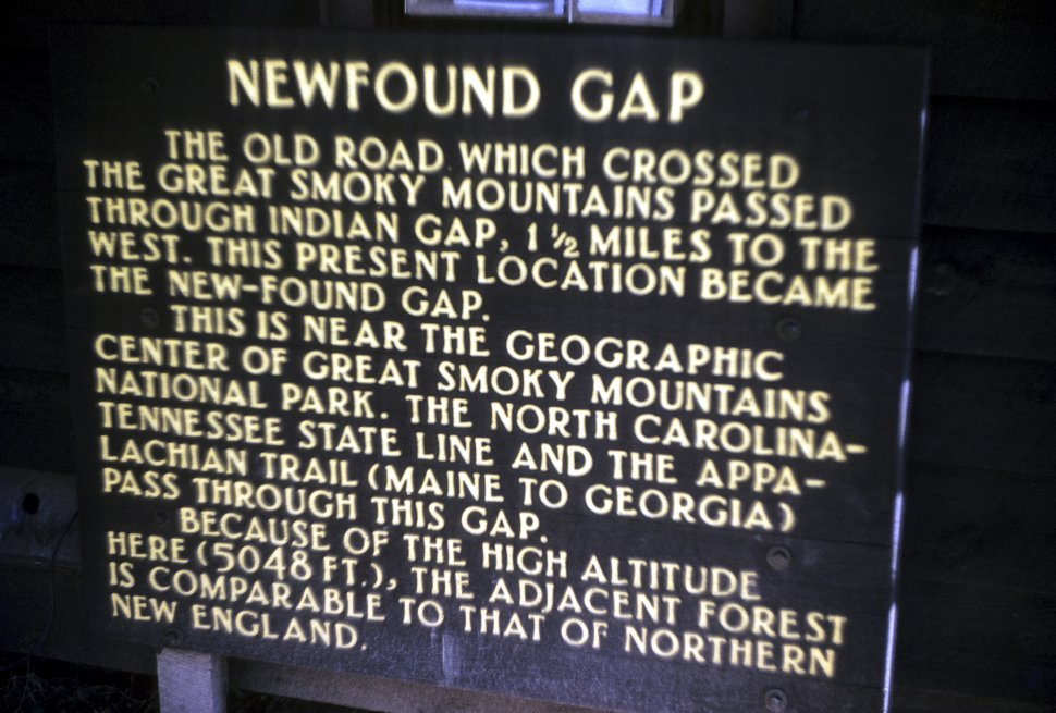 Free image of Close up of a sign at the Newfound Gap in the Smoky Mountains National State Park, Tennessee, USA
