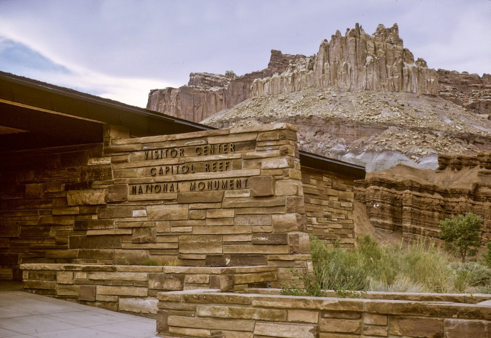 Free image of Sign for the Visitor s Center at the Capital Reef National Monument, Utah, USA