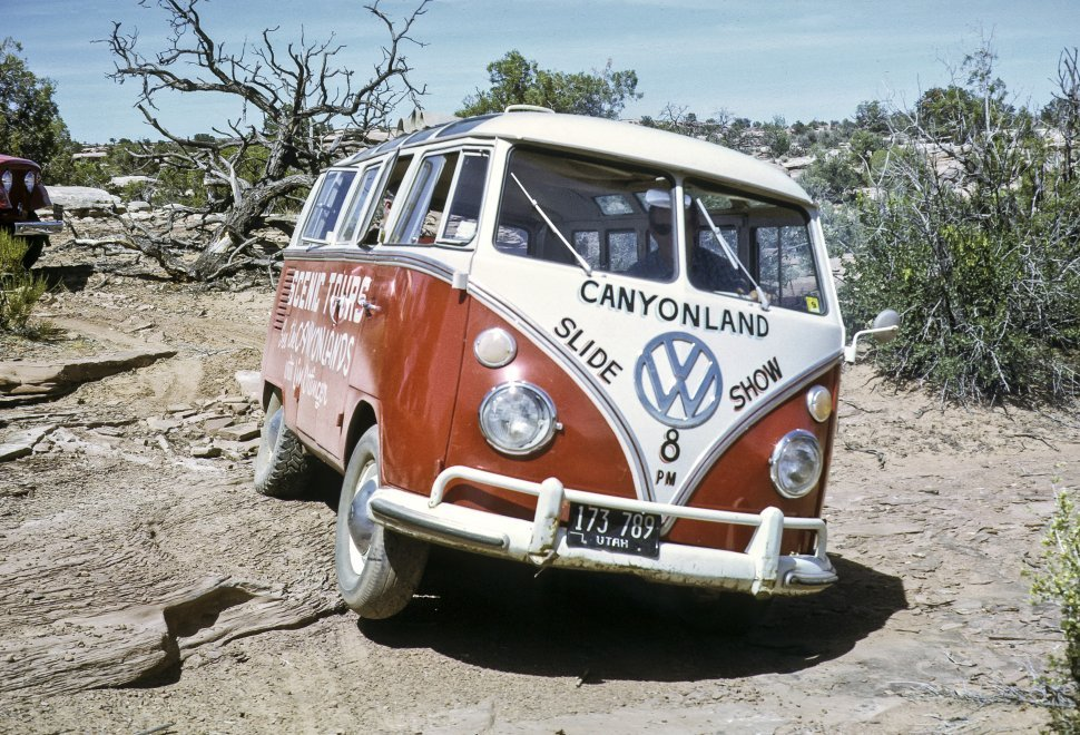 Free image of Volkswagen tour bus driving off road, Monument Valley, Utah, USA