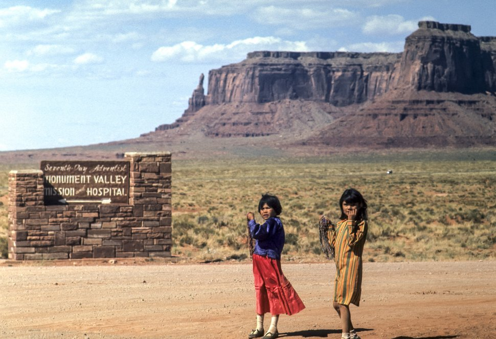 Free image of Two you Native American girls selling jewelry, Monument Valley, Utah, Use