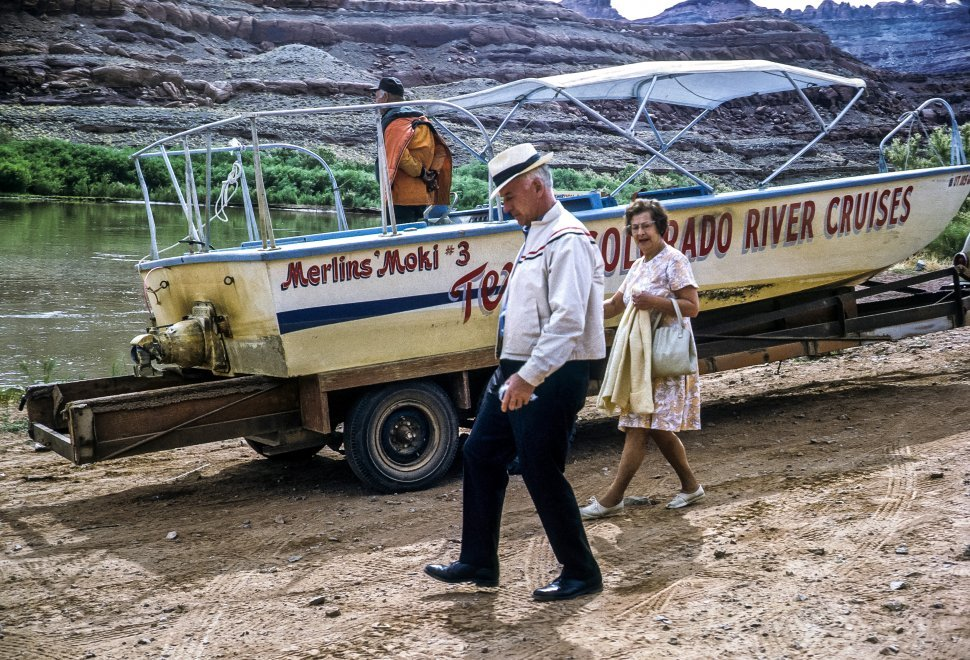 Free image of Three people and a Colorado River boat cruise, Arizona, USA