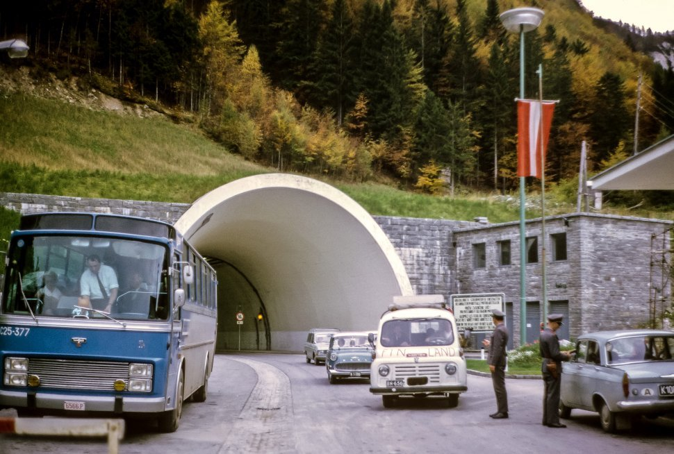 Free image of Guards checking paper work at government checkpoint in front of a tunnel, Europe