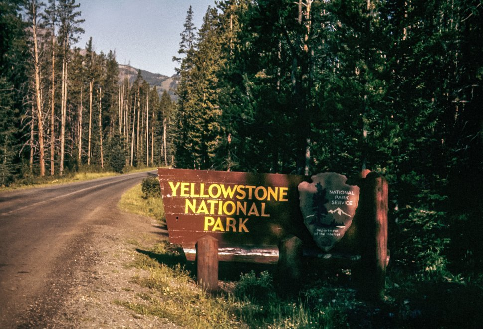 Free image of Sign for the entrance to Yellowstone National Park, Wyoming, USA