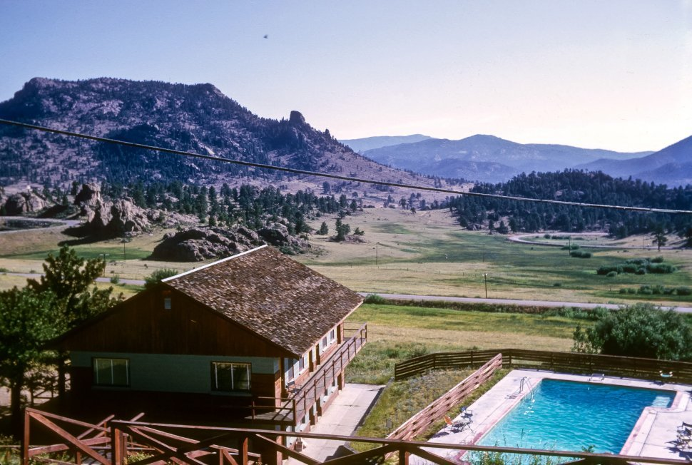 Free image of View from above a mountain lodge and swimming pool, Colorado, USA