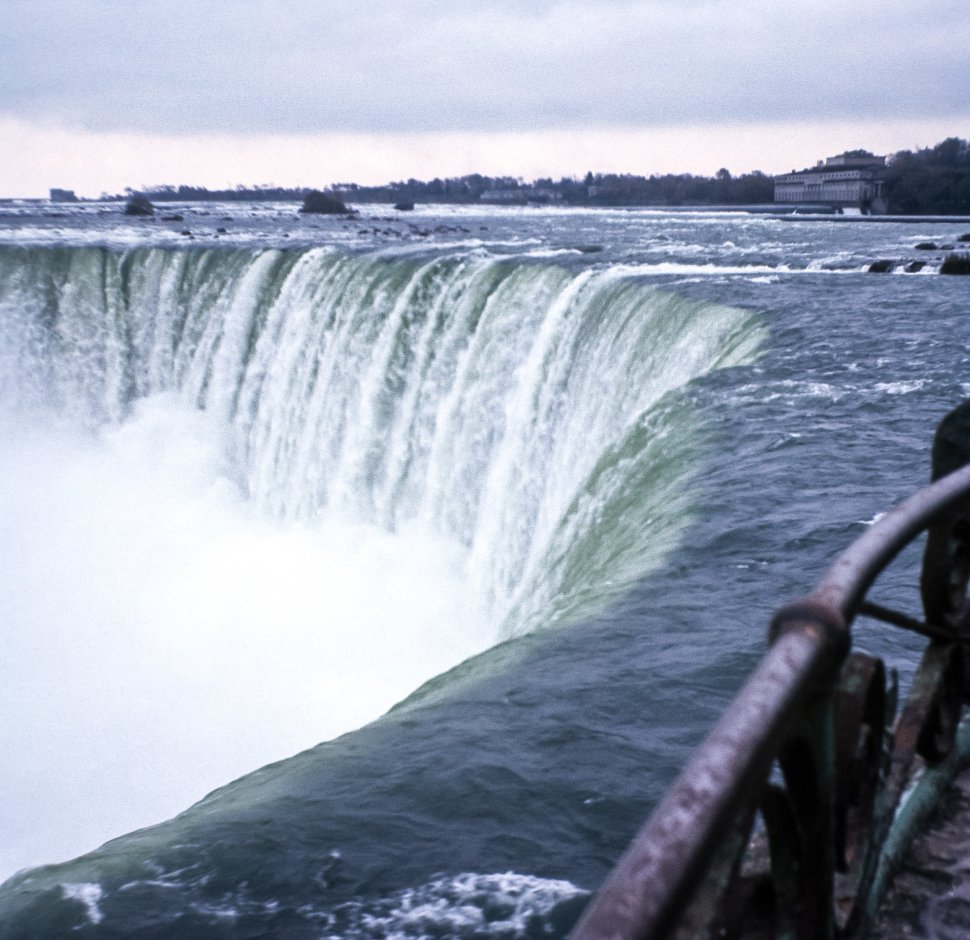 Free image of View of the edge of Niagara Falls, Ontario, Canada