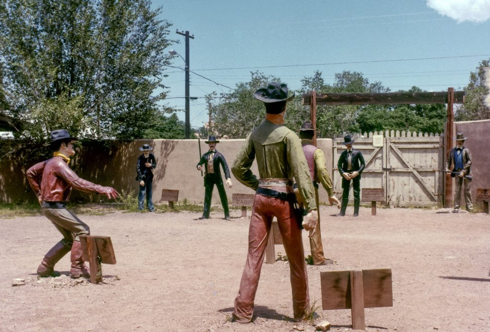 Free image of Tombstone, Arizona cowboy figures, staged shootout, OK Corral, USA