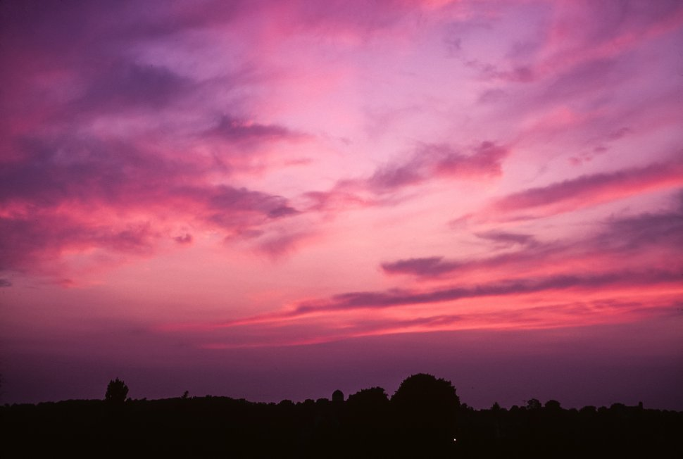 Free image of Glowing purple and pink sunset.