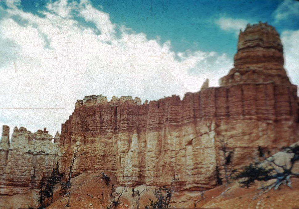 Free image of Rock towers in Bryce Canyon National Park, Utah, USA
