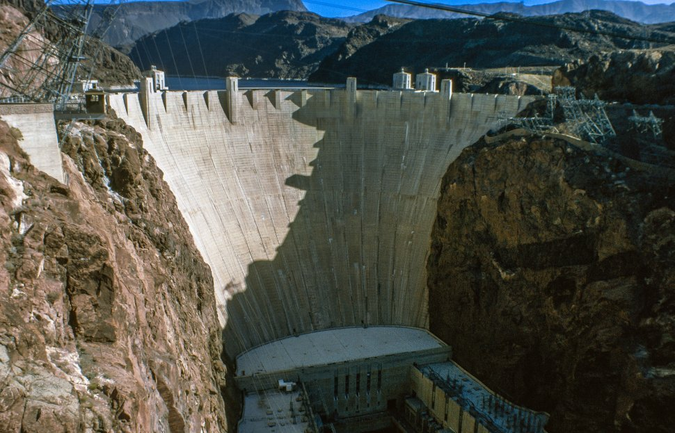 Free image of Hoover Dam on the Arizona Nevada border.