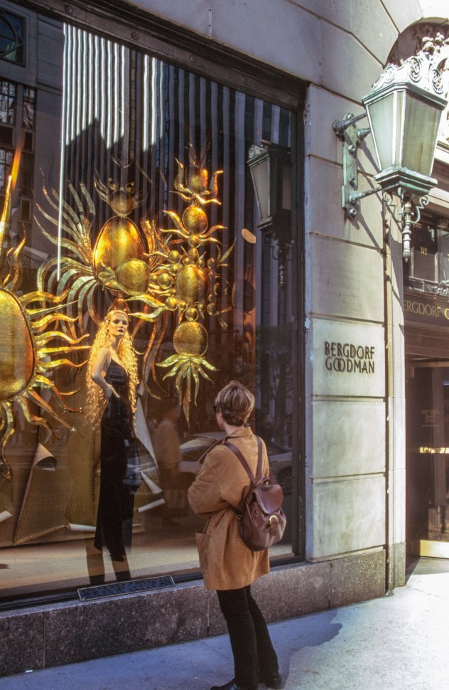 Free image of Shopper look at Bergdorf Goodman Store in New York City