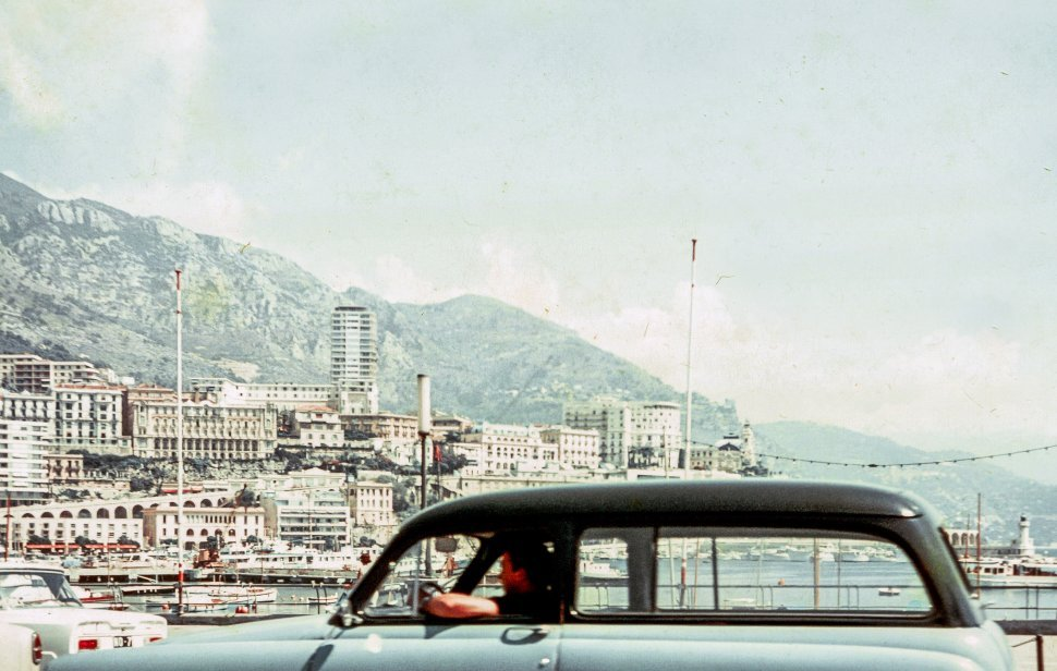 Free image of Driving a car near the coast in Villefranche-sur-Mer, France