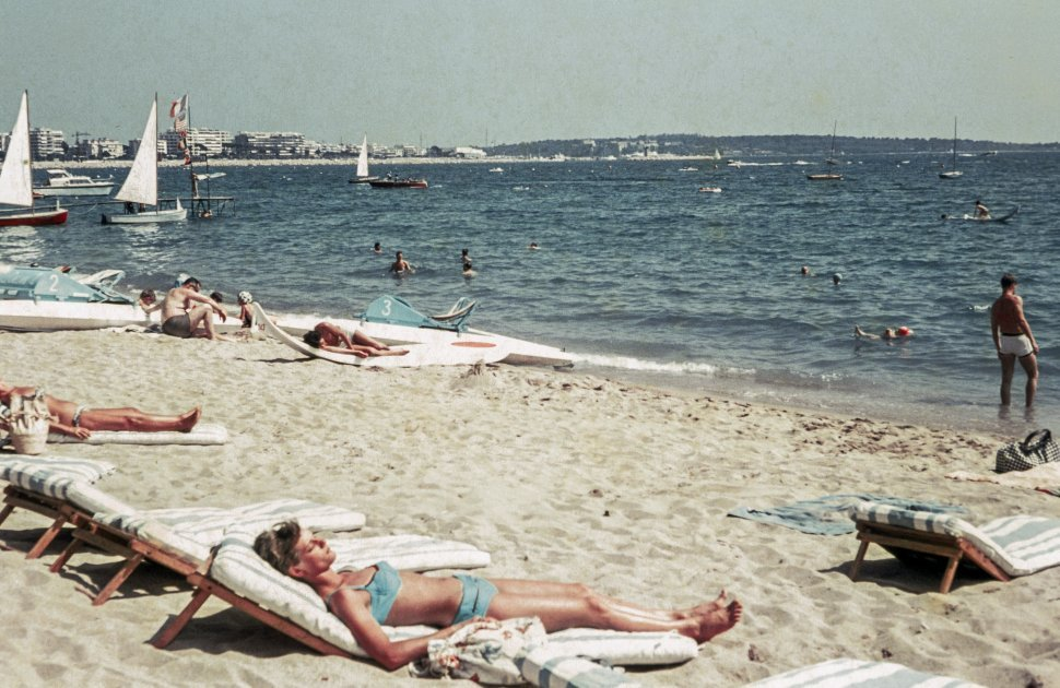 Free image of People relaxing and enjoying on beach