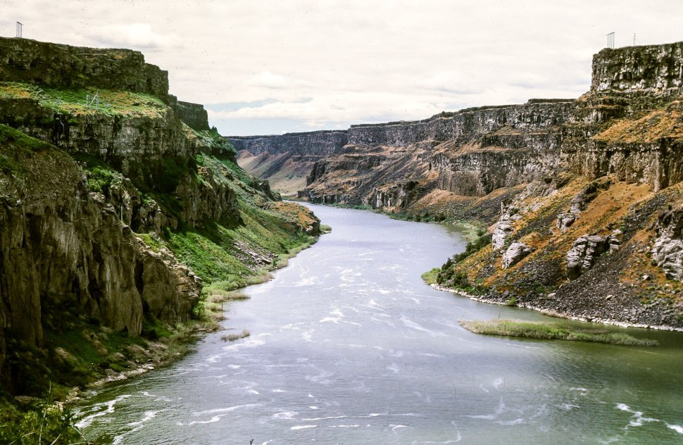 Free image of River surrounded by the cliffs